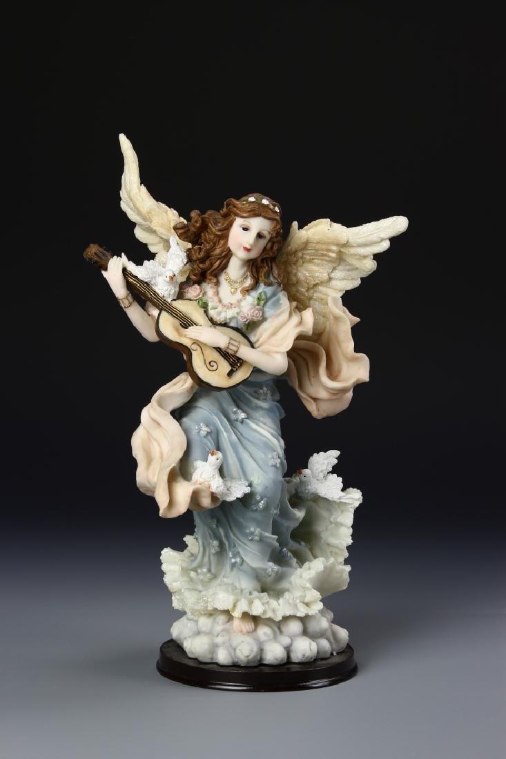 Raison Lady Figure