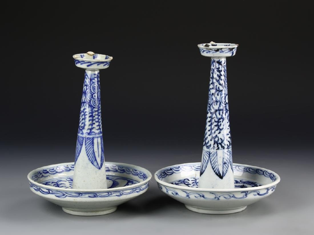 Chinese A Pair Of Blue And White Candle Sticks - 2