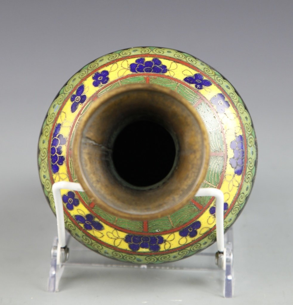 Chinese Pair of Cloisonne Vases - 3
