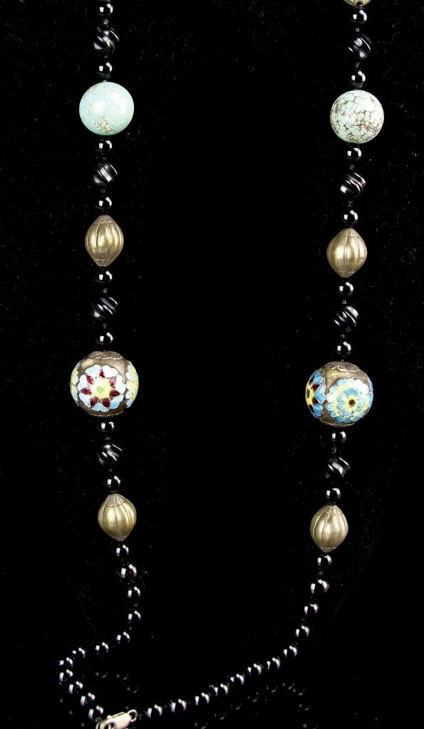 Chinese Turquoise Necklace with Pair of Earrings - 4