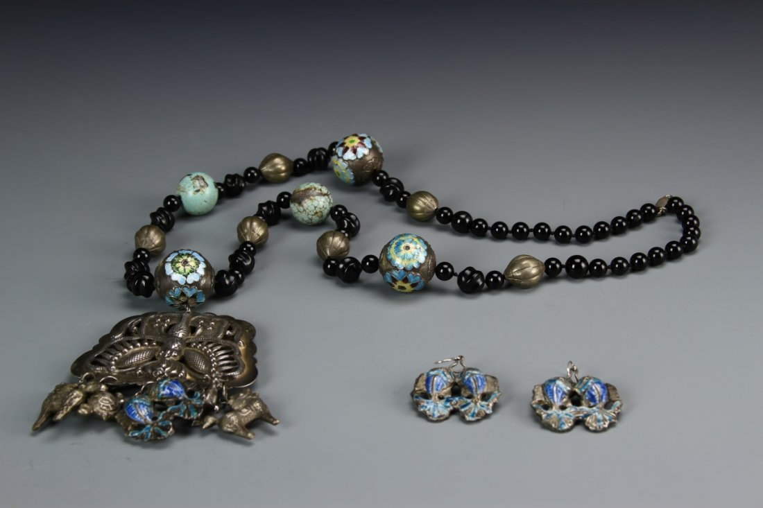 Chinese Turquoise Necklace with Pair of Earrings - 8