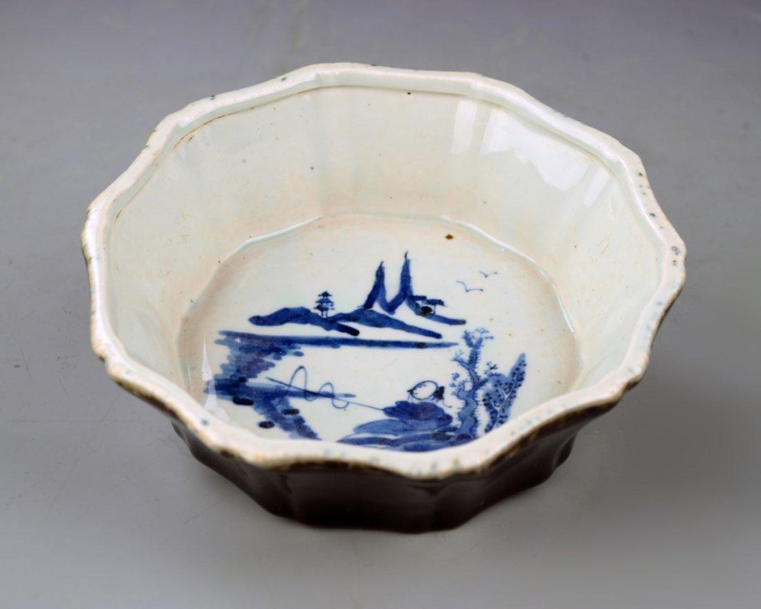Chinese Blue Brush Washer