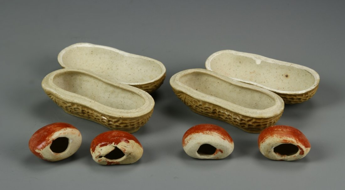 Chinese Pair Of Porcelain Peanuts - 2