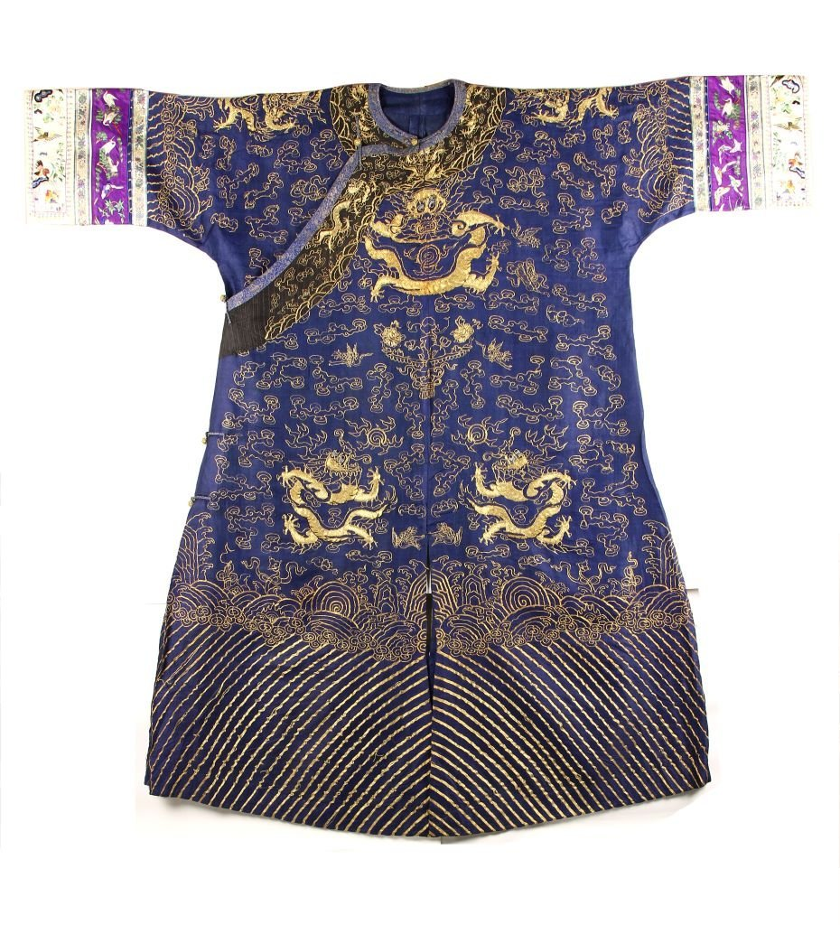 Chinese Silk Embroidery Dragon Robe