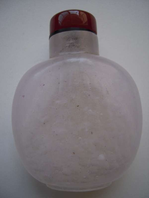 Chinese Rose Crystal Snuff bottle