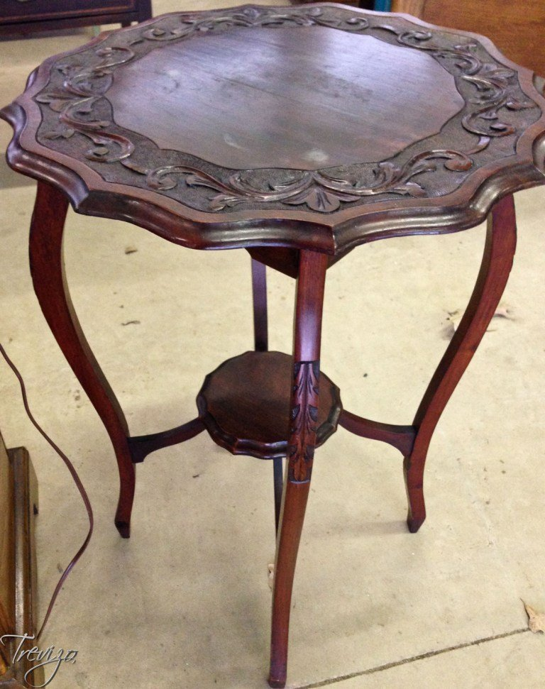 CARVED TOP TABLE