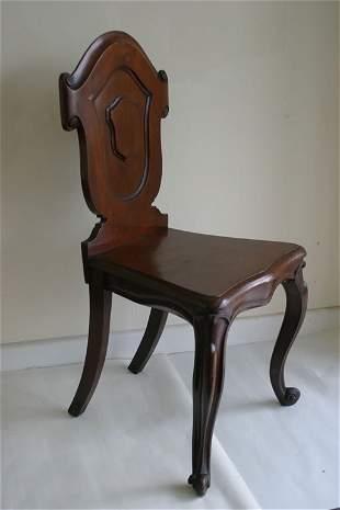 Victorian mahogany shaped back hall chai