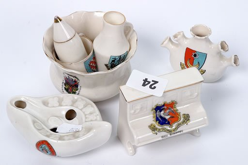 2024: Small collection of crested ware, seven