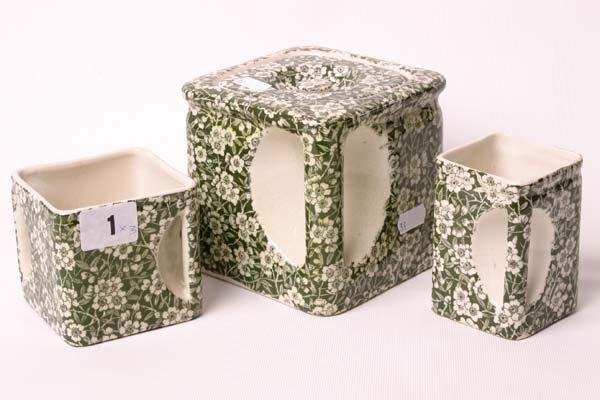 1001: Arthur Wood 'Cube' bachelors trio, comprising of