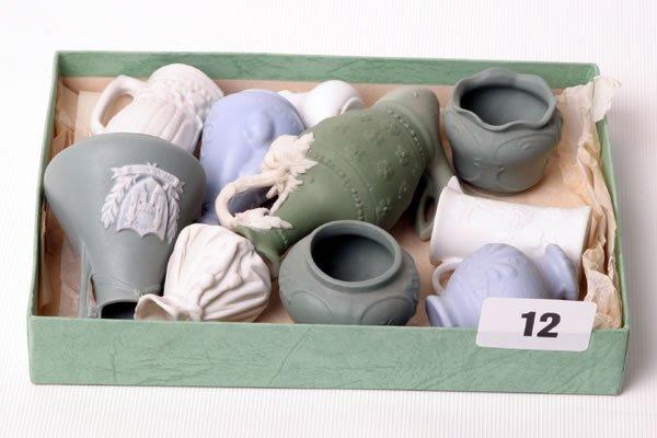 1012: Eleven pieces of Victorian Parian 'Tiny' ornament