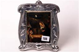 1198 Art Nouveau patterned silver hall marked photo fr