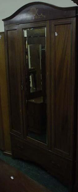 1617: Edwardian inlaid mahogany single wardrobe with bl