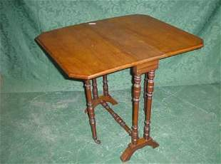 Small mahogany canted corner Sutherland table