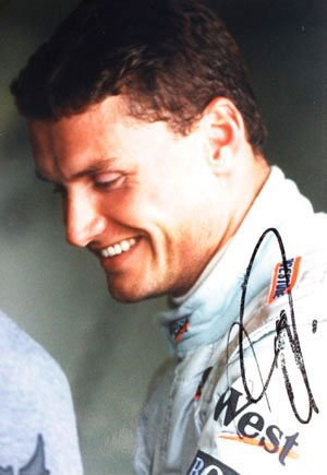 """2011: David Coulthard signed colour photo 9x6"""" unframed"""