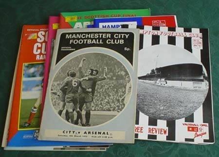 3503: Five Fulham football programmes, seasons 1951, '5