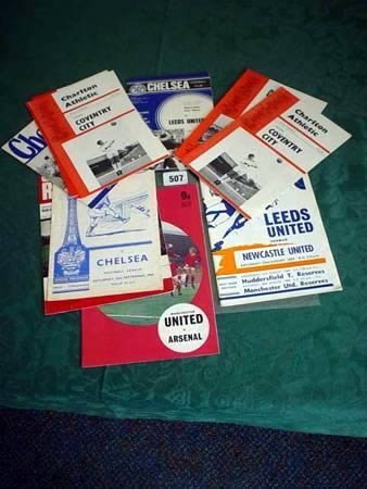 3507: Twelve 1960s league football programmes including