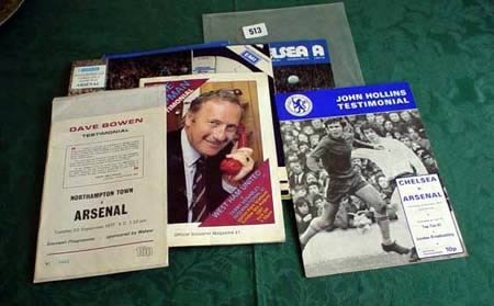 3513: Eight Chelsea v Arsenal programmes from 1970s plu