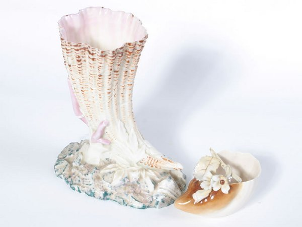 1005: Fine porcelain Horn of Plenty, in the manner of B