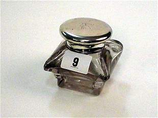 William IV London 1935 silver top cushion shape g