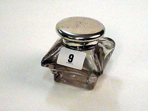 1009: William IV London 1935 silver top cushion shape g
