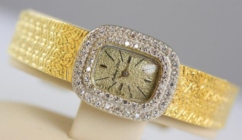 Ladies Vintage Mathey Tissot Watch 14K Gold Diamond Bez