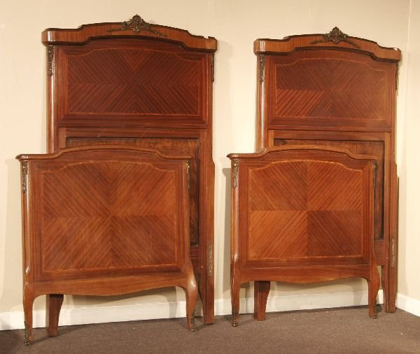 1006: Pair of French Inlaid Mahogany Beds
