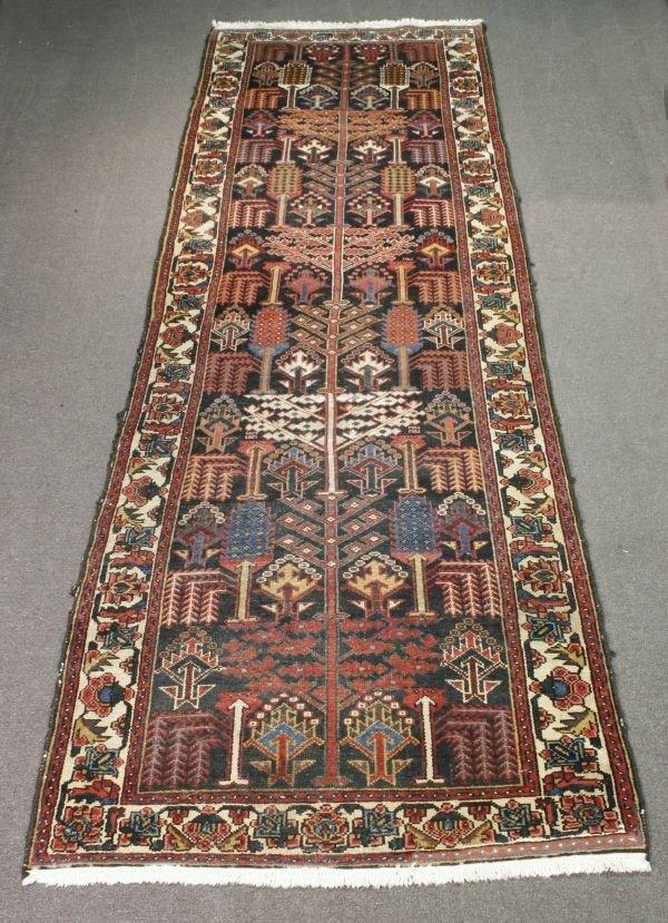 1017: Persian Bakhtiari Rug