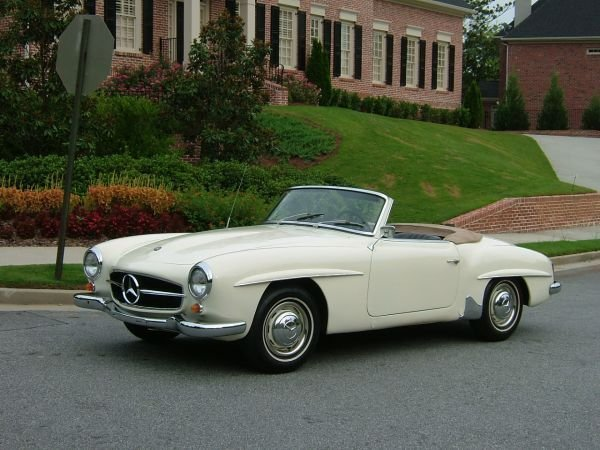 1072: Mercedes Convertible