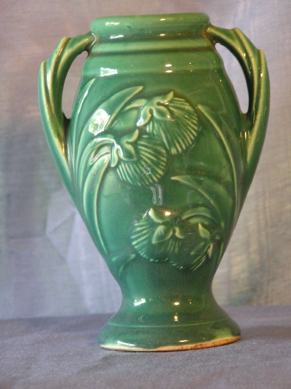 2: Green Unmarked McCoy? Pottery Vase  802