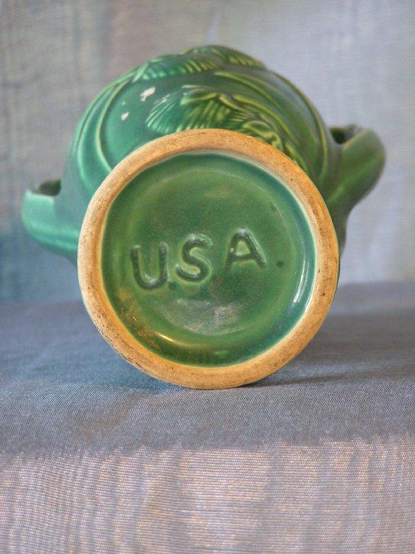 2: Green Unmarked McCoy? Pottery Vase  802 - 2