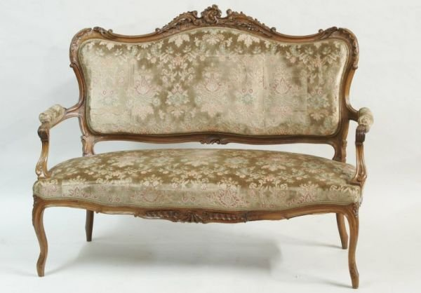 1022: French Louis XV Carved Settee