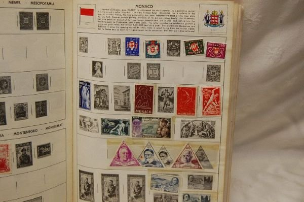 1003: DISCOVERY STAMP ALBUM OF WORLD STAMPS, INCL.  US