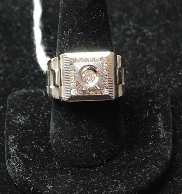 2001: .78 CARAT MANS DIAMOND RING SET IN 14K GOLD