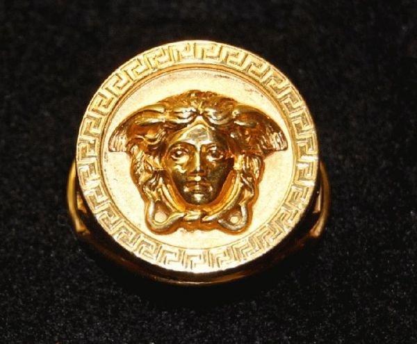 2003: 18KT GOLD MANS VERSACE RING