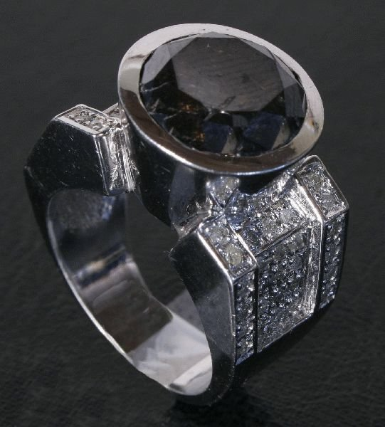 2013: 1 CT DIAMOND & 10.16 CTW  ONYX  RING