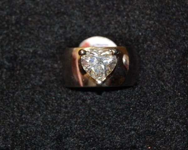 2019: 2.01 CT HEART SHAPE DIAMOND SOLITAIRE RING