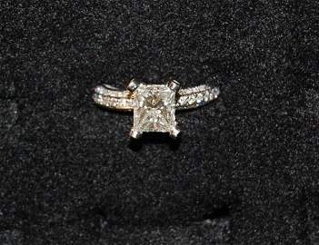 2059: 1.61 CT PRINCESS CUT DIAMOND RING