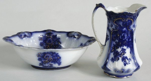 23: FLO BLUE WASH BOWL AND PITCHER