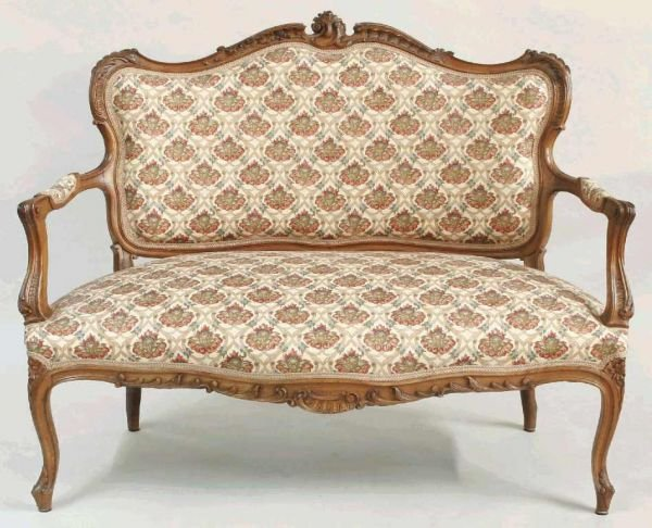 1112: RICHLY CARVED FRENCH SETTEE