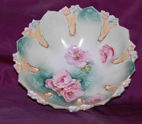 1109: R S PRUSSIA 10 INCH DECORATED BOWL
