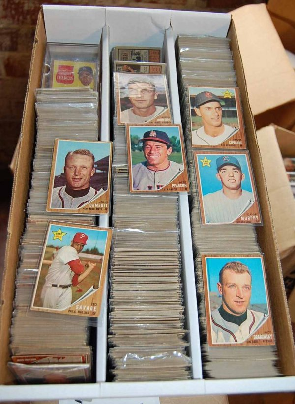 75: APPROX 2600 TOPPS 1962 BASEBALL CARDS