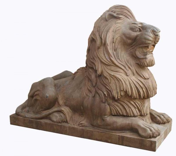 20: PAIR OF MONUMENTAL MARBLE LIONS