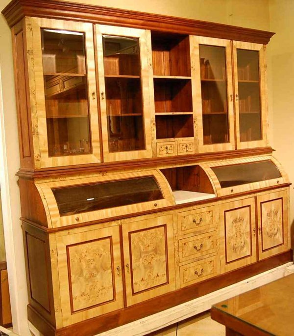 1014: CUSTOM MADE COUNTRY STORE CABINET