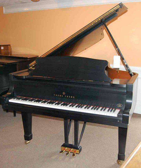 1: YOUNG CHANG PRAMBERGER GRAND PIANO