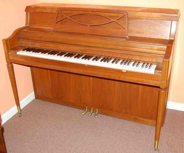 19: KIMBALL CONSOLE PIANO