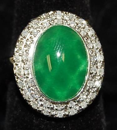 15: JADE & DIAMOND RING