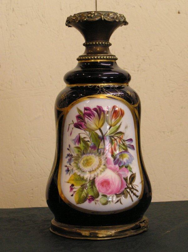 17: Beautiful Hand Painted Old Paris Lamp Base