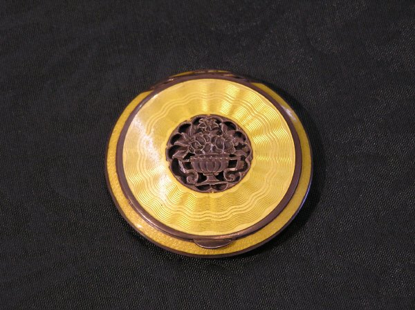 23: Round Yellow Enameled Compact
