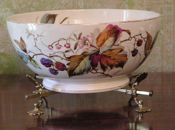 1007: Porcelain Bowl on Stand