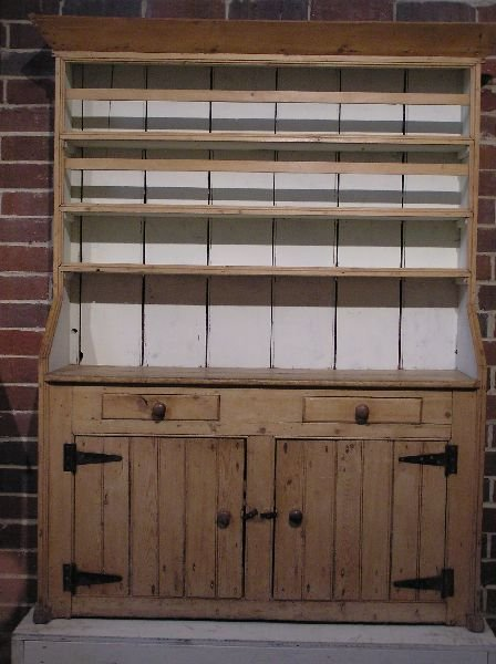 8: Pine Dresser with Dish Rack